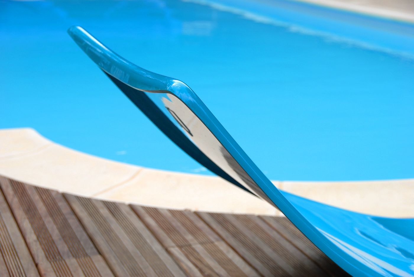 bain de soleil moderne bleu en polyester