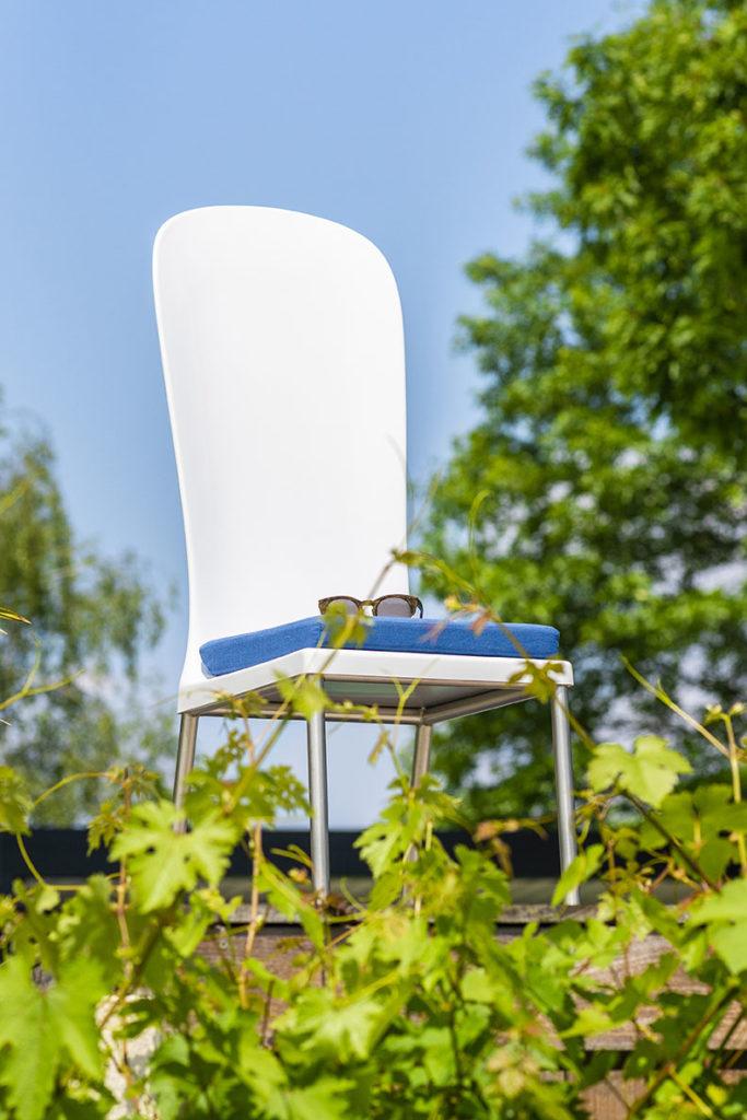 chaise jardin design en composite pour terrasse