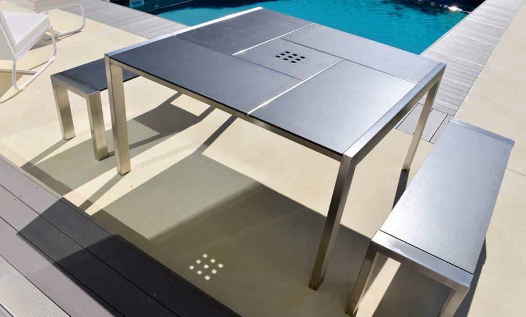table exterieur inox carrée avec 2 bancs