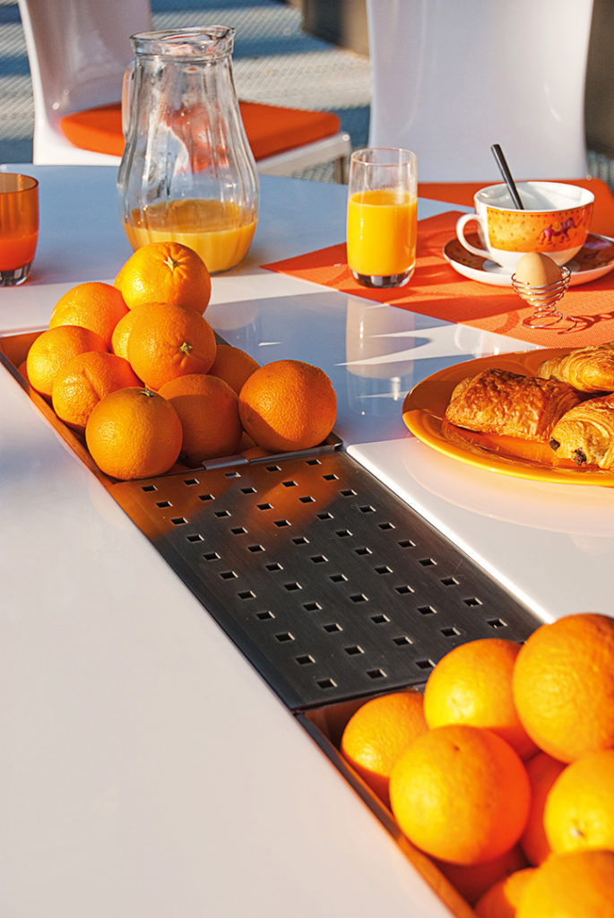 Art Mely Table Ovale Orange Pasion