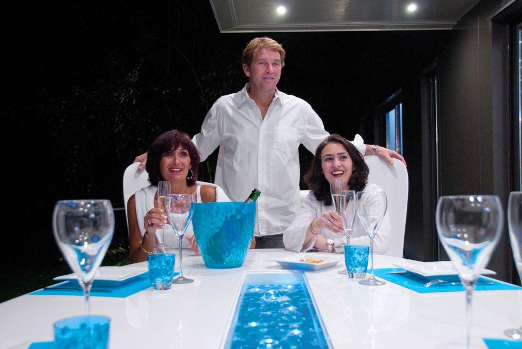 table jardin ovale design blanche pour soirée